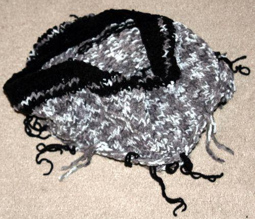 Loop-Schal mit Fransen